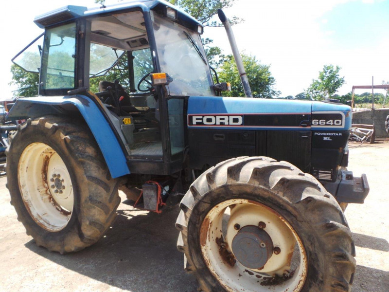1995 Ford 6640