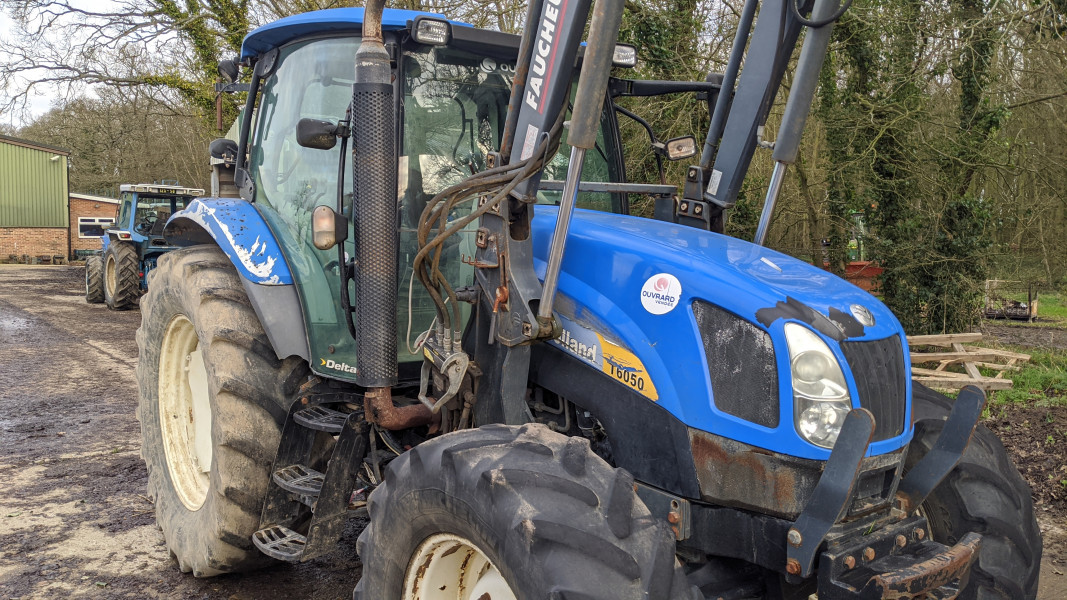 2008 New Holland T6050