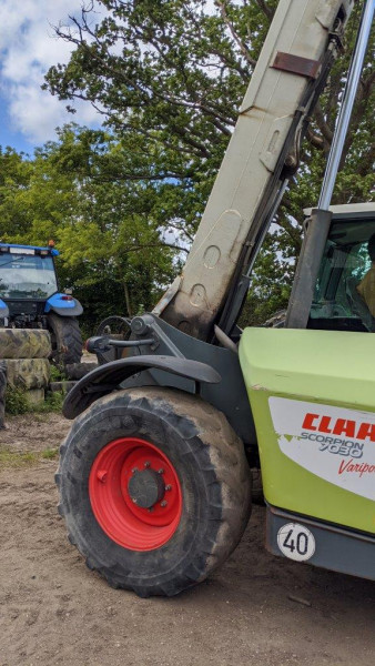 2010 Claas Scorpion 7030