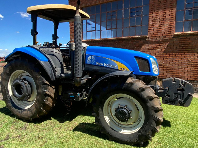 2015 New Holland T6050
