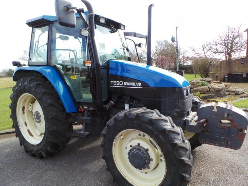 2000 New Holland TS90 4wd